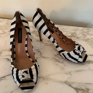 Ann Taylor striped peep toe pumps